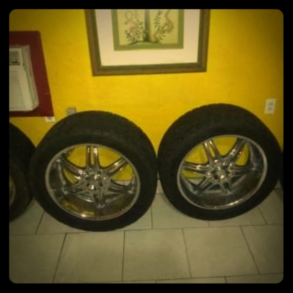 "Other - VCT 22"" RIMS W/TIRES"